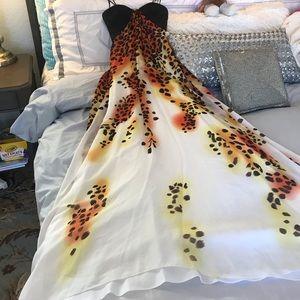 🔥Caché leopard print maxi dress never been worn🔥